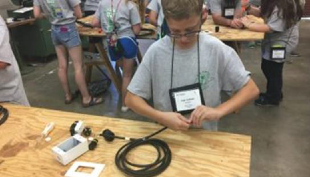 "4-H Electric Camp: ""Going Beyond the Wires"""