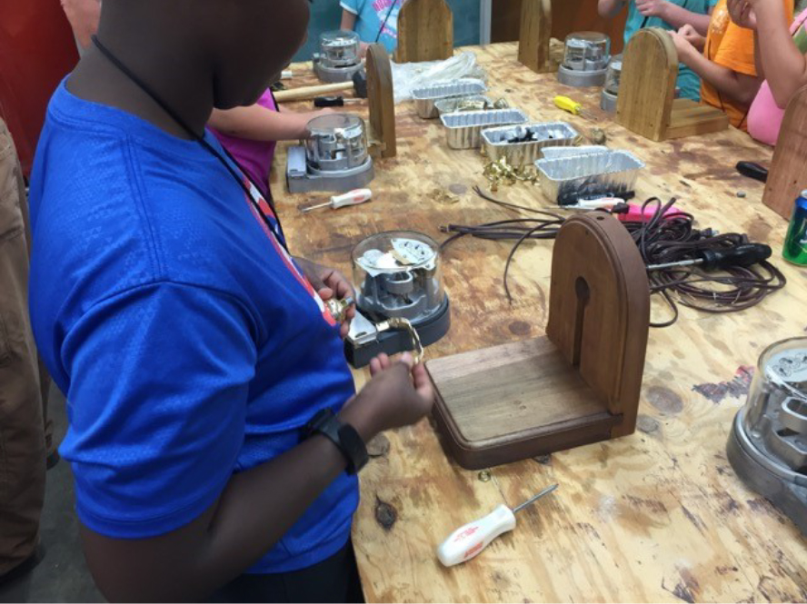 4-H Electric Camp: 4-H STEM at Its Best!