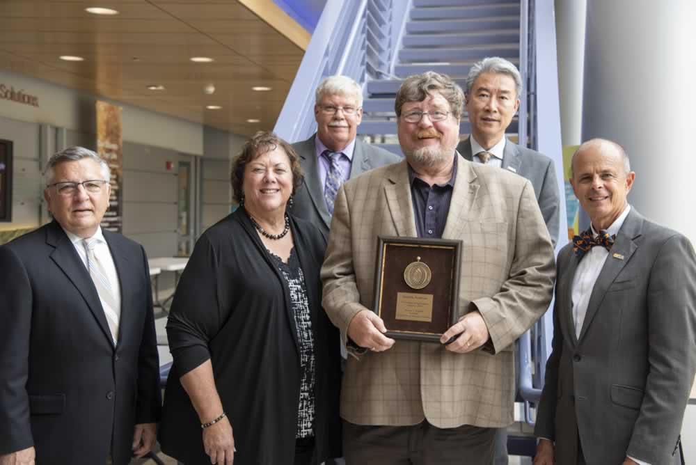Burt English, winner of UTIA INstitute Professor Award for 2019